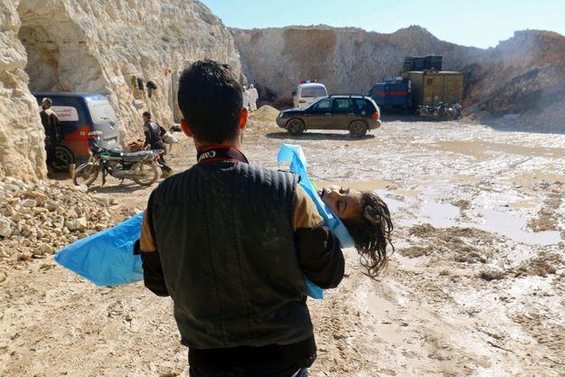 Photo prise après l'attaque sur la ville de Khan Cheikhoun, qui a fait 87 morts le 4 avril.