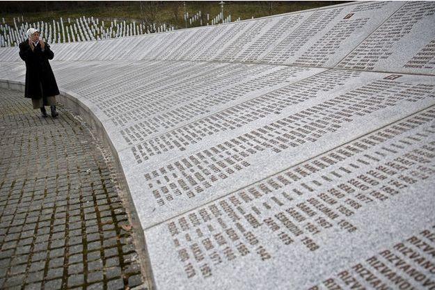 Plus de 8000 hommes et enfants sont morts à Srebrenica en juillet 1995.
