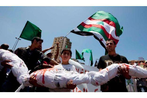 Le 30 mai, des Libanais sunnites ont manifesté à Tripoli en solidarité avec le peuple syrien, après le massacre de Houla.