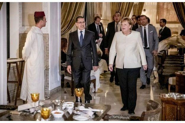 A Marrakech, le 9 décembre, le Premier ministre marocain, Saad-Eddine El Otmani, et la chancelière allemande, Angela Merkel.