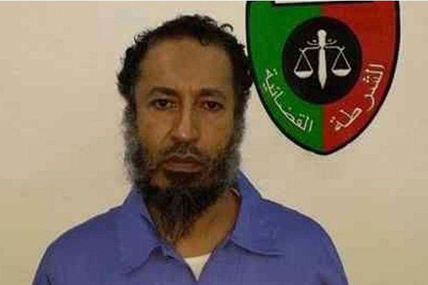 Saadi Kadhafi, sur les photos transmises par les autorités pénitentiaires.