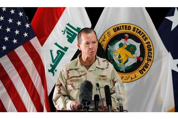 L'amiral Mike Mullen, chef d'état-major des armées des Etats-Unis, a exclu pour l'instant toute intervention militaire en Syrie.