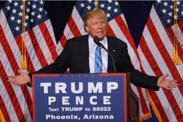 Donald Trump en meeting à Phoenix, en Arizona.