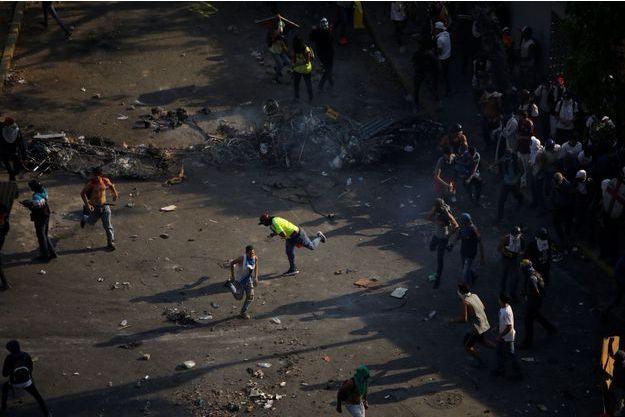 Les manifestations au Venezuela se poursuivent.