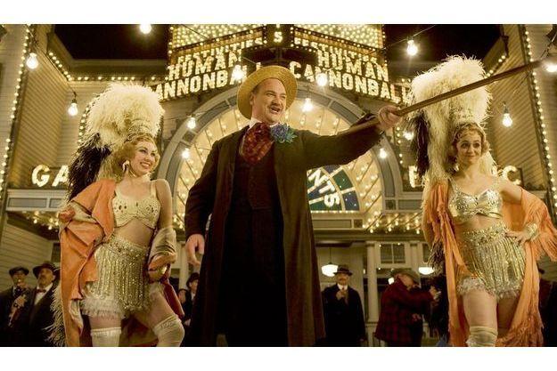 Le décor fastueux d'un casino, construit pour le tournage à New York.