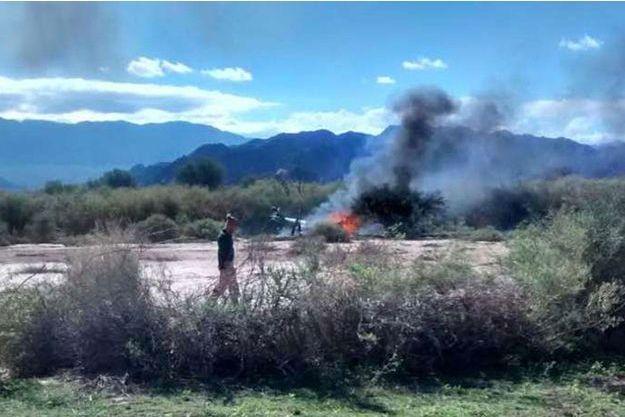 """Deux hélicoptères de """"Dropped"""" sont entrés en collision lundi tuant les dix personnes à leur bord."""