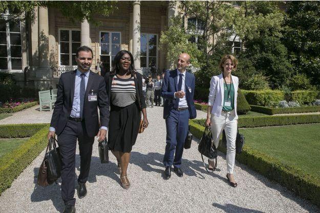 Laurent Saint-Martin, Laëtitia Avia, Stanislas Guérini et Céline Calvez, nouveaux députés En Marche!, lundi à l'Assemblée.