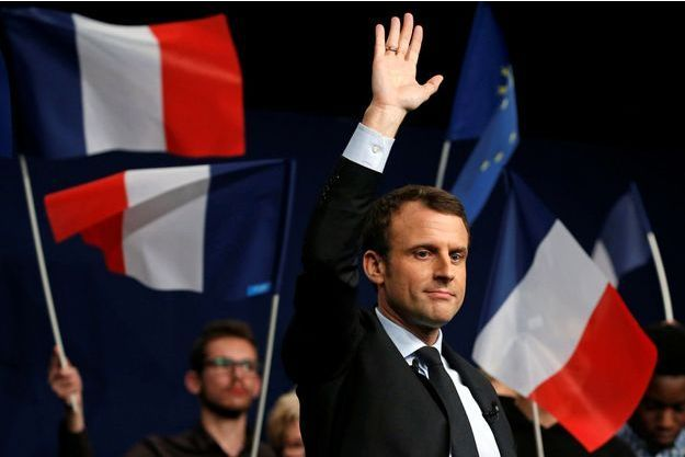 Emmanuel Macron, en meeting à Reims mi-mars.