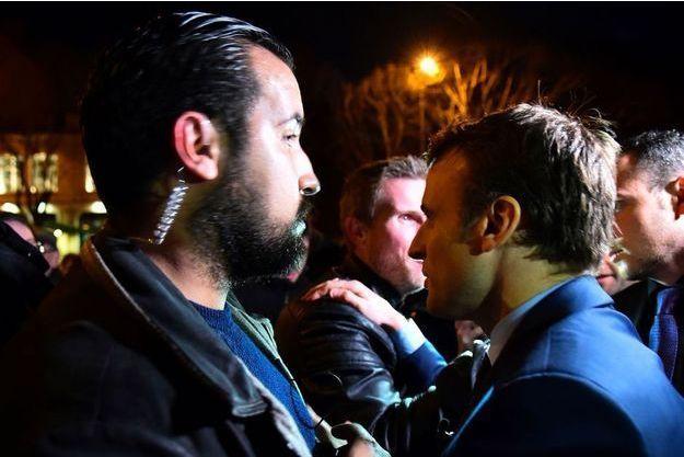 Le collaborateur d'Emmanuel Macron va être licencié par la présidence de la République.