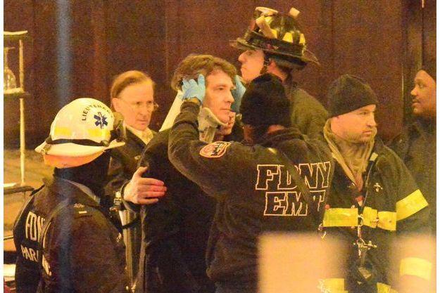 Une minerve a été posée à Arnaud Montebourg après la chute d'un miroir.