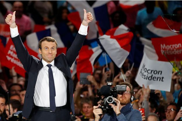 Emmanuel Macron en meeting à Bercy, lundi.