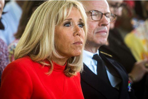 Brigitte Macron mardi lors d'un déplacement près de Lyon.