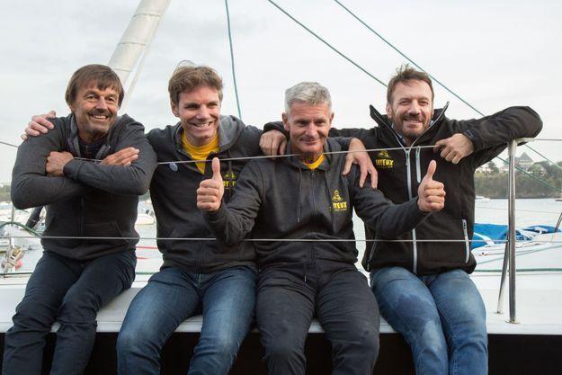 A bord du « Café joyeux », avec Yann Bucaille, propriétaire, Sidney Gavignet, skippeur, et Samuel Le Bihan, à Dinard, le 24 octobre.