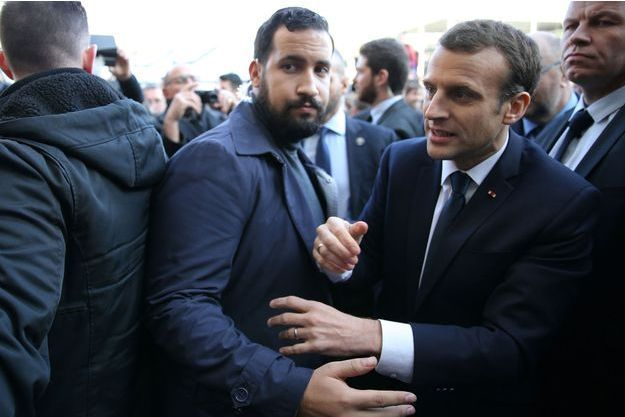 Alexandre Benalla et Emmanuel Macron au salon de l'Agriculture, le 24 février dernier.