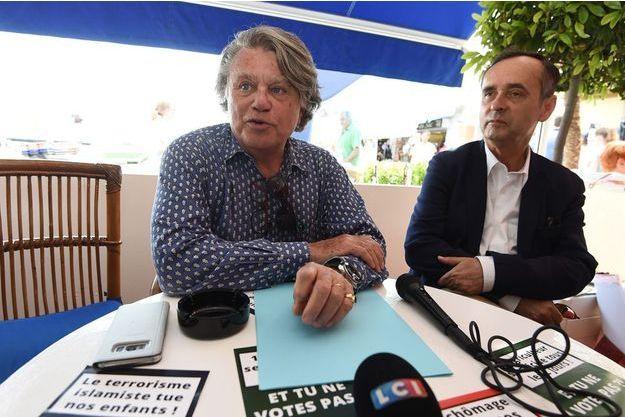 Gilbert Collard lors d'une conférence de presse commune avec Robert Ménard.
