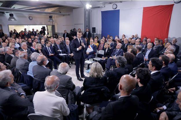 Dernière assemblée du grand débat national, en Corse, le 4 avril, à l'issue duquel est née l'idée de la convention citoyenne pour la transition écologique.