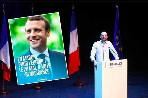 Combien ça coûte --?  L-idee-de-LREM-pour-doper-sa-campagne-des-affiches-avec-Macron
