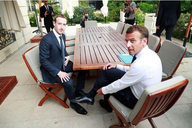 Mark Zuckerberg et Emmanuel Macron à l'Elysée, mercredi.