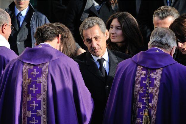 Nicolas Sarkozy à Neuilly-sur-Seine, lundi, lors des obsèques de sa mère, Andrée.