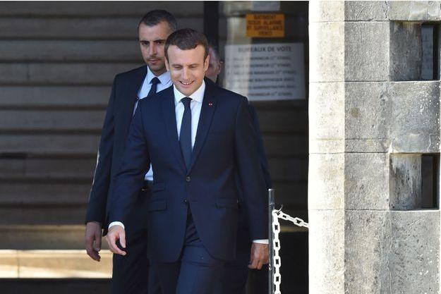 Emmanuel Macron a voté dimanche à la mairie du Touquet