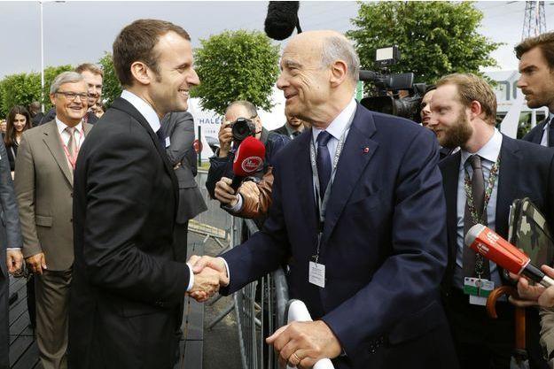 Emmanuel Macron et Alain Juppé (photo d'illustration)