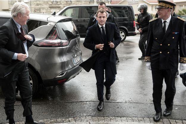 Européennes : Macron monte au front pour le sprint final