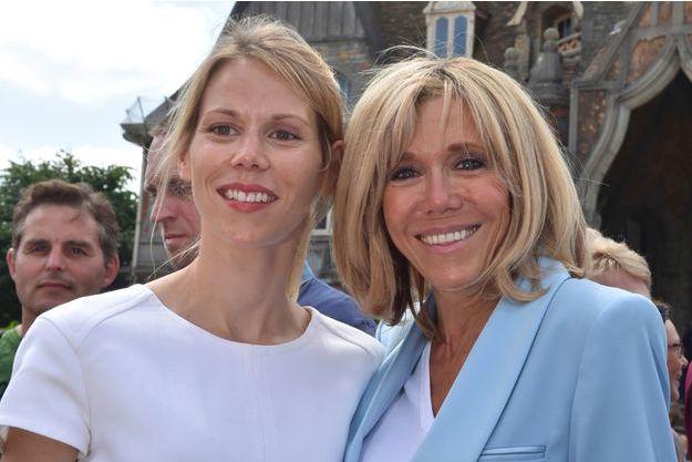Tiphaine Auzière aux côtés de Brigitte Macron en 2017.