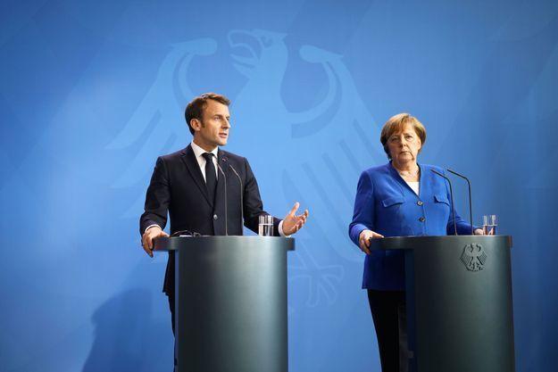 Le président français et la chancelière allemande, le 29 avril, au sommet des Balkans.