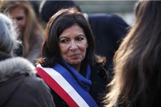 Anne Hidalgo ici à Paris lors des commémorations des attentats du 13 novembre 2015.