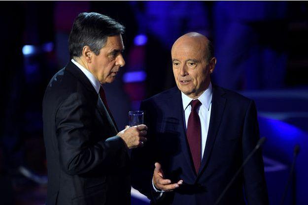 François Fillon et Alain Juppé le 3 novembre lors du premier débat de la primaire de la droite.