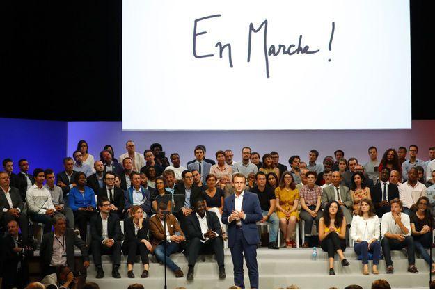 Emmanuel Macron lors de son meeting du 12 juillet 2016 à la Mutualité.