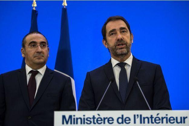 Christophe Castaner et Laurent Nunez, vendredi en conférence de presse vendredi.