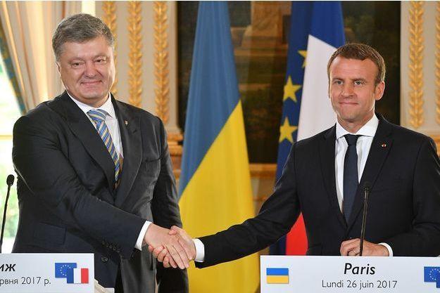 Emmanuel Macron en conférence de presse avec son homologue ukrainien Petro Porochenko.