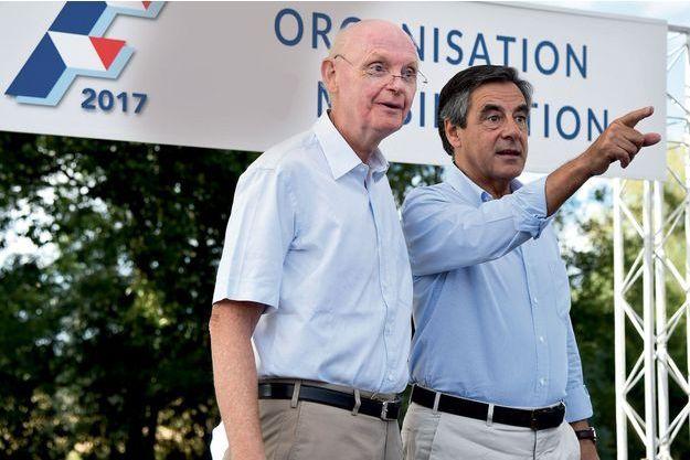 Patrick Stefanini et François Fillon en août 2015 à Sablé-sur-Sarthe.