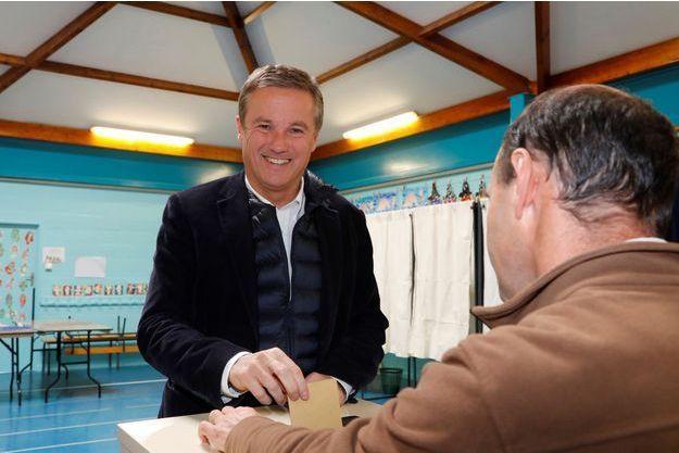 Nicolas Dupont Aignan, ici le 7 mai lors du second tour de la présidentielle.