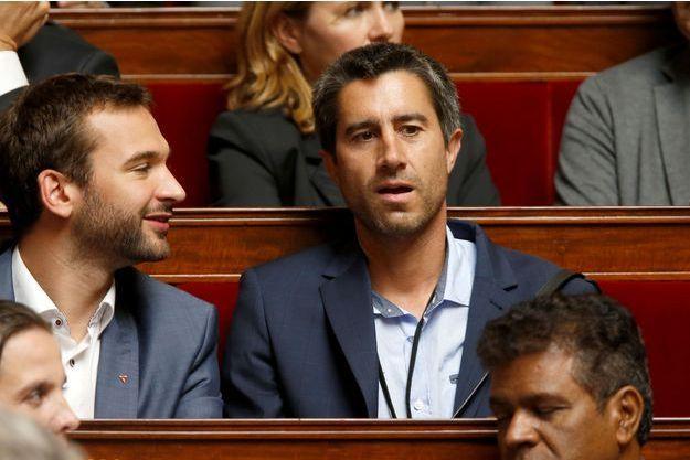Ugo Bernalicis et François Ruffin, député France insoumise, à l'Assemblée nationale en juillet. Tous deux font partie de l'équipe de football.