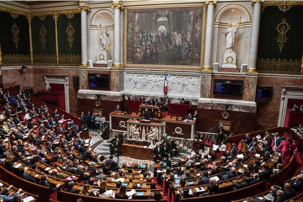 Edouard Philippe s'adressant à l'Assemblée nationale mercredi.