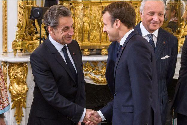 Emmanuel Macron et Nicolas Sarkozy à l'Elysée en novembre 2017