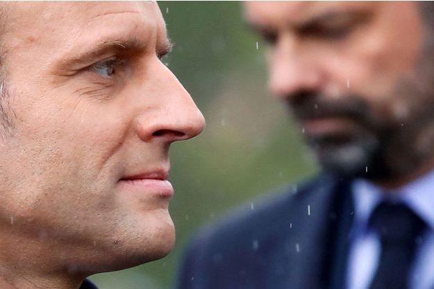Emmanuel Macron et Edouard Philippe à Paris, le 8 mai.