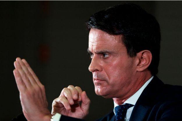 Manuel Valls lors de sa campagne à Barcelone.