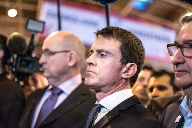 Manuel Valls lors de son déplacement tendu au Salon de l'Agriculture, lundi.