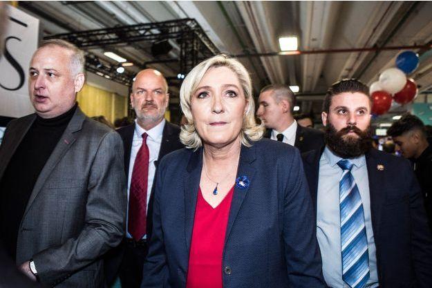 Marine Le Pen, le 12 novembre dans les allées du salon Made in France à Paris.