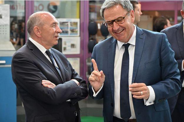 Les deux rivaux Gérard Collomb et David Kimelfeld à Villeurbanne lundi.