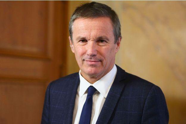 Nicolas Dupont-Aignan à l'Assemblée nationale le 18 décembre.