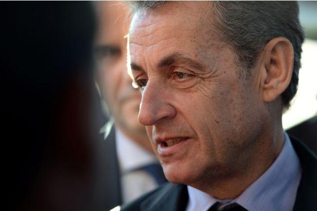 Nicolas Sarkozy annonce s'engager dans une campagne de lutte contre le cancer de l'enfant,