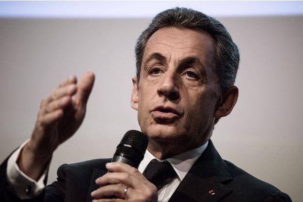Nicolas Sarkozy photographié le 25 octobre 2016.