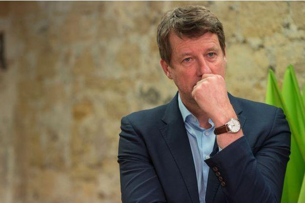 Yannick Jadot au siège d'EELV, vendredi à Paris.