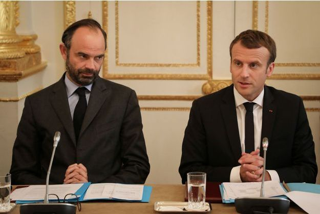 Edouard Philippe et Emmanuel Macron à l'Elysée, lundi.