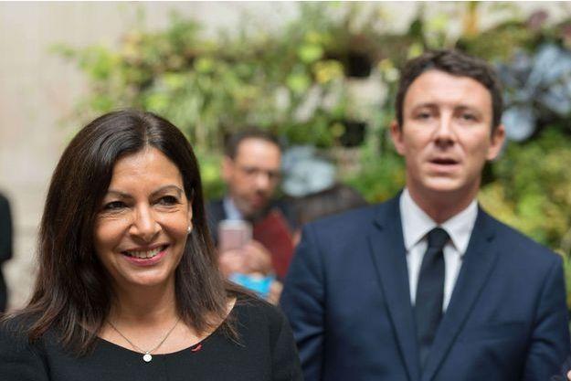 Anne Hidalgo et Benjamin Griveaux à l'hôtel de ville de Paris, en septembre 2017 lors de la visite du président libanais Michel Aoun.