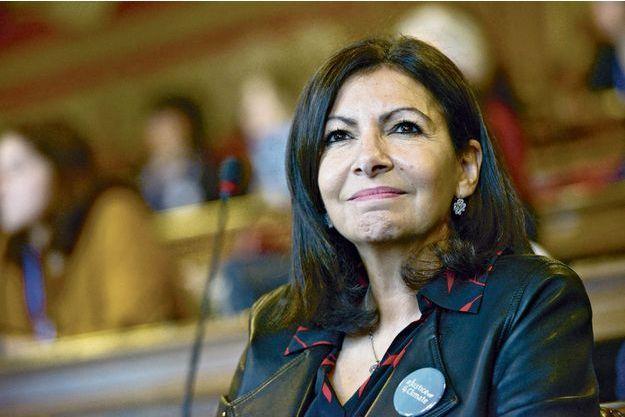 Anne Hidalgo, la maire de Paris fait un bond de 12 points et se hisse à la 6e marche du podium.